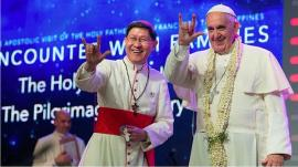 pope-francis-makes-the-sign